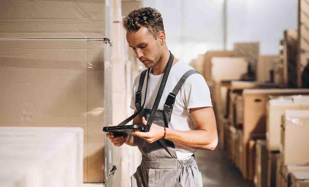 Mejore la eficiencia del centro de distribución con checklists
